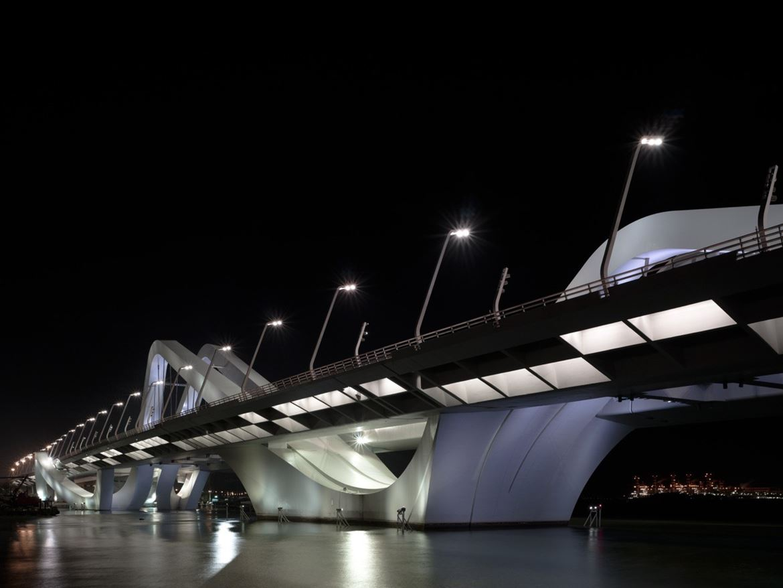 Şeyh Zayed Köprüsü - Zaha Hadid