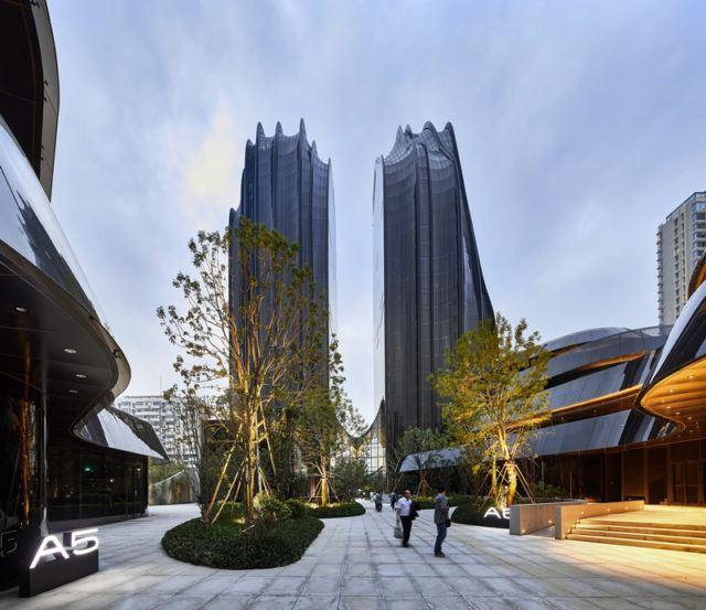 Chaoyang Park Plaza / MAD Architects