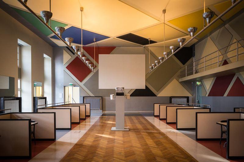 Café L'Aubette / Theo van Doesburg