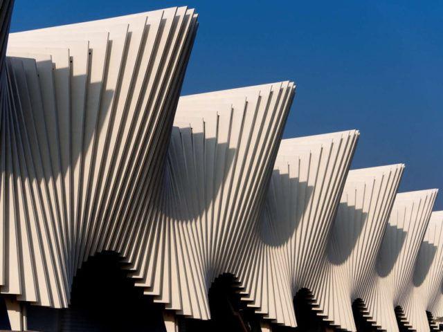 Mediopadana Tren İstasyonu / Santiago Calatrava