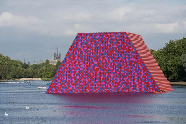 Mastaba Londra - Christo ve Jeanne- Claude