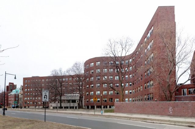 MIT Baker House Öğrenci Yurdu - Alvar Aalto