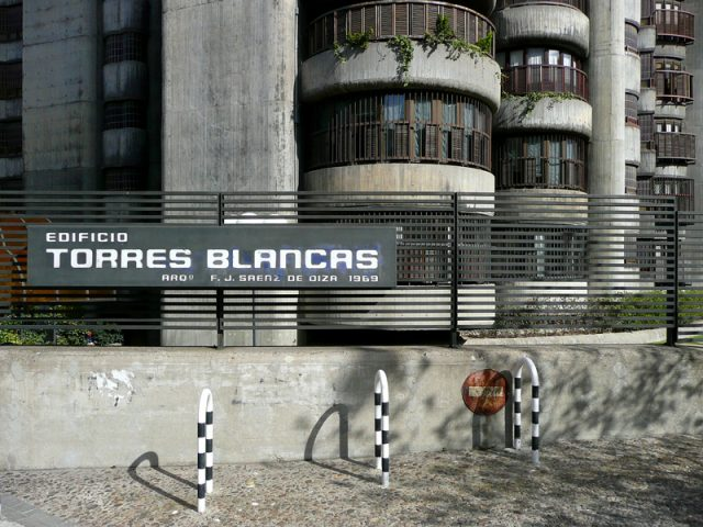 Torres Blancas - Javier Saenz de Oiza