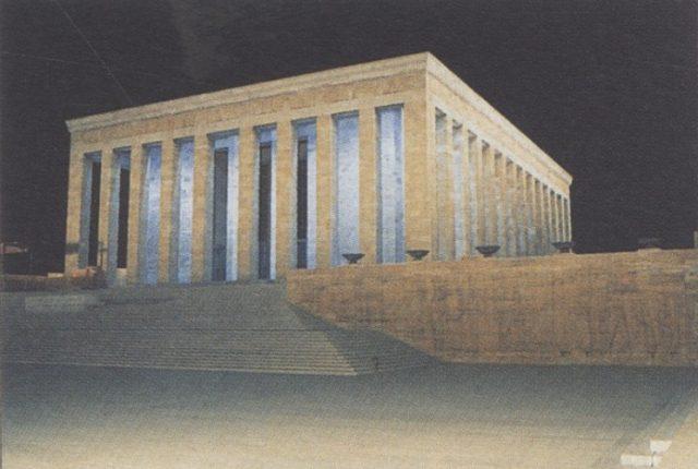 Bruno Taut anıtkabir
