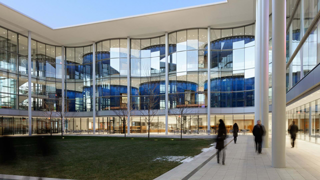 Evans Hall / Foster + Partners