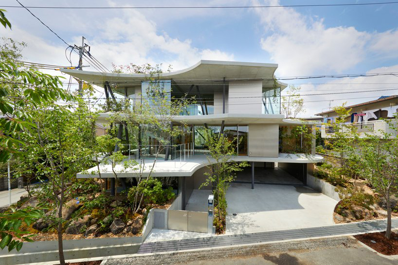 Ground House / Tomohiro Hata